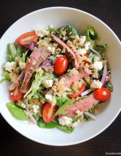 Steak-Quinoa Salad with Avocado-Lime Ranch Dressing - A protein-packed salad that will leave you satisfied!   foxeslovelemons.com