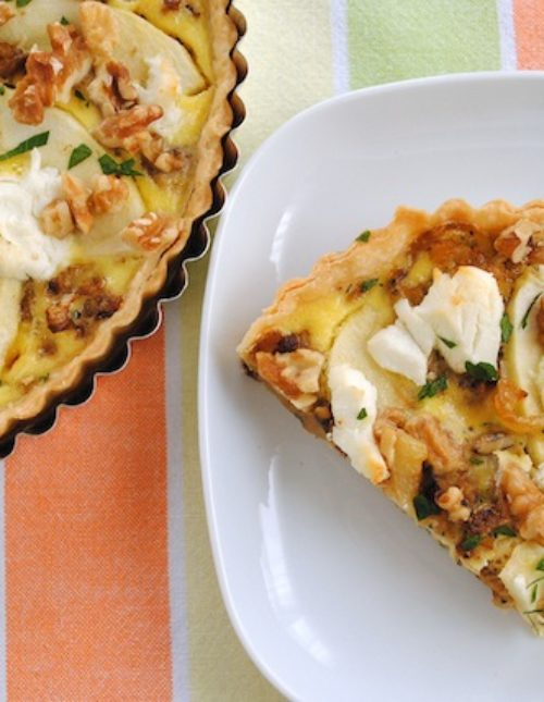 Caramelized Fennel & Apple Tart - deeply caramelized fennel with Granny smith apples, goat cheese and walnuts.   foxeslovelemons.com