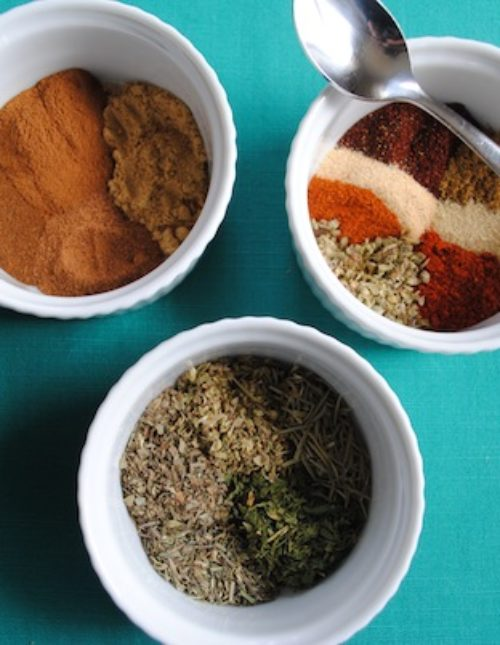 Mix up your own custom homemade spice blends. You'll save money, and they'll be healthier and tailored to your tastes! | foxeslovelemons.com