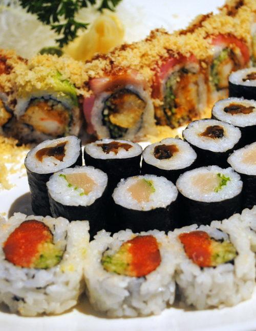 Restaurant Review: Tomo in Troy, MI | foxeslovelemons.com