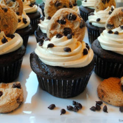 Chocolate Chip Cookie Dough Cupcakes – A hidden chunk of dense, gooey cookie dough in the middle of each light, fluffy chocolate cupcake.   foxeslovelemons.com