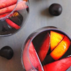 Sangria Party Week: Red Cherry Sangria & White Peach Sangria | foxeslovelemons.com