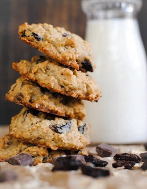 Dark Chocolate and Dried Cherry Oatmeal Cookies – a chunky oatmeal cookie full of huge dark chocolate chunks and dried Michigan cherries.   foxeslovelemons.com