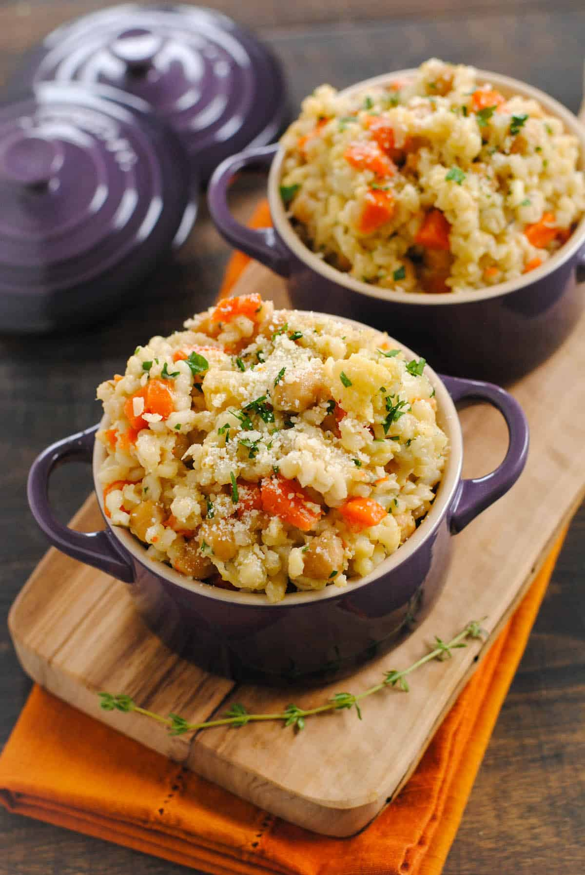 When you make this Slow Cooker Barley & Chickpea Risotto, your crock pot does all the work for you! Slow cooked whole grains packed with chickpeas and vegetables.| foxeslovelemons.com