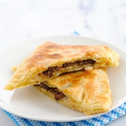 Chipotle Steak Grown-Up Hot Pockets - Make now, freeze for workday lunches later!   foxeslovelemons.com