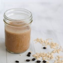 Mocha-Banana Breakfast Smoothie - A fruity smoothie and a cup of coffee...all in one! | foxeslovelemons.com