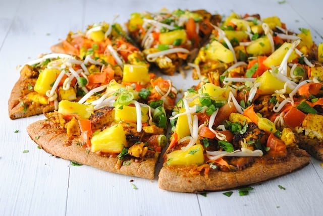 Thai Tofu Pizza with Spicy Peanut Sauce - A Pad Thai-inspired pizza! A colorful and healthy vegetarian meal.