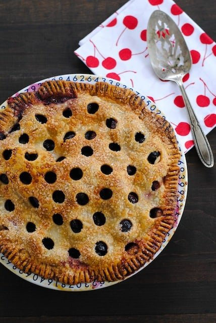 how to make a fresh sour cherry pie
