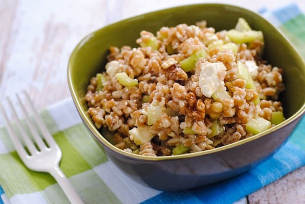 Farro & Walnut Salad - Perfect for summer parties and picnics! A healthful and tasty salad with farro, walnuts, celery, feta cheese and lemon dressing. | foxeslovelemons.com