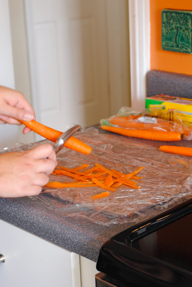 Culinary School Lesson: Peel Veggies Without Making A Mess! One simple trick that will save you tons of prep and cleanup time in the kitchen. | foxeslovelemons.com