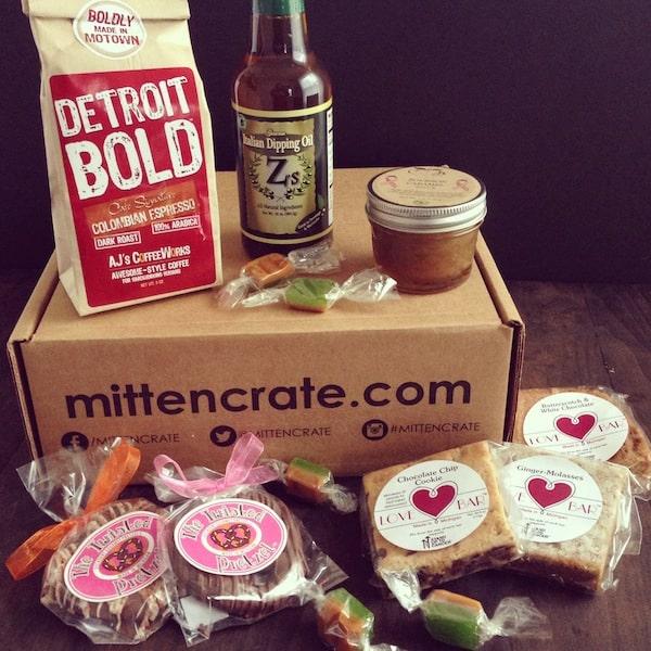 Mitten Crate October 2014 | foxeslovelemons.com