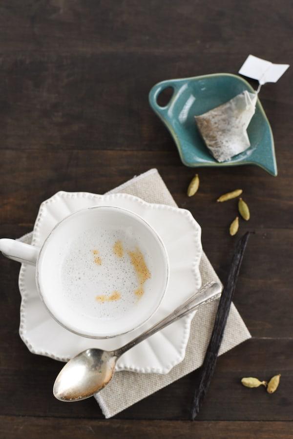 Cardamom-Vanilla Tea Latte