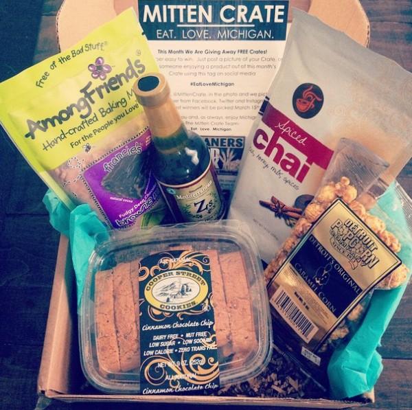 Mitten Crate February 2015 | foxeslovelemons.com