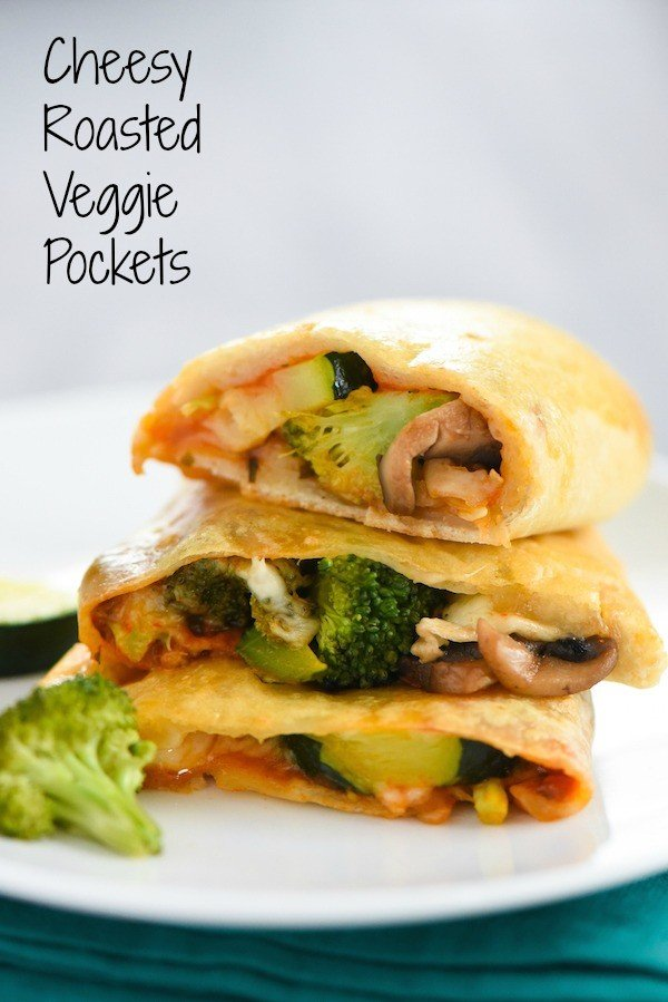 Cheesy Roasted Veggie Pockets -  A make-ahead lunch or snack that will make a vegetable lover out of anyone! | foxeslovelemons.com