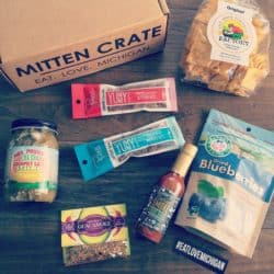 Mitten Crate April 2015 | foxeslovelemons.com