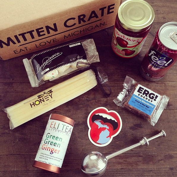 Mitten Crate March 2015 | foxeslovelemons.com