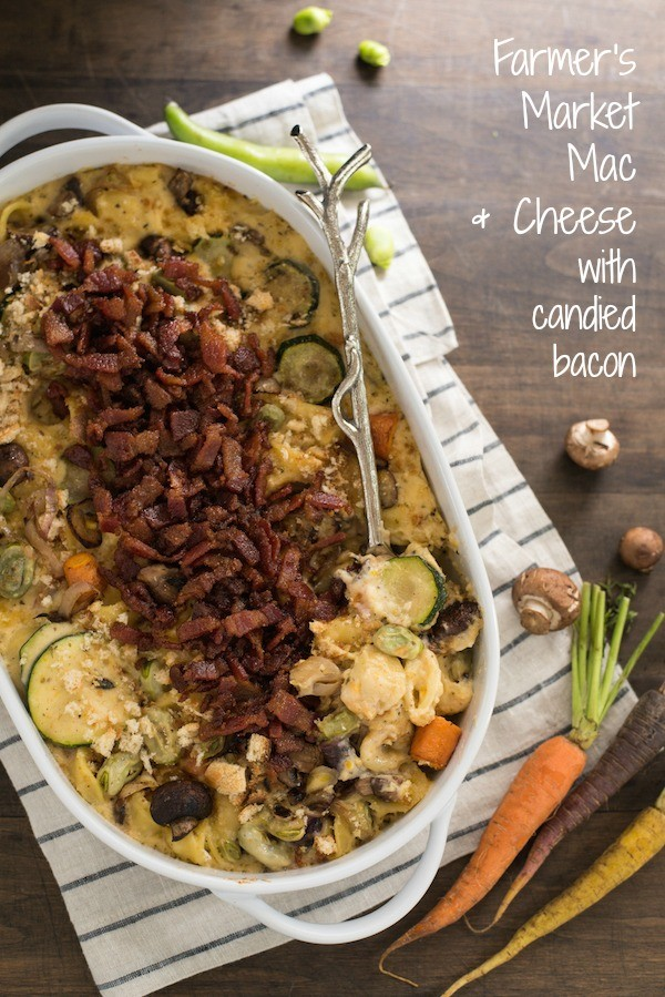 Farmer's Market Mac & Cheese with Candied Bacon - Creamy mac and cheese filled with fresh seasonal vegetables and topped with sweet and salty candied bacon. | foxeslovelemons.com