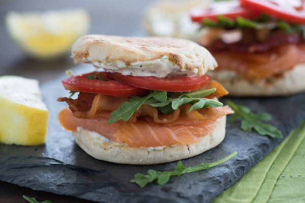Smoked Salmon BLT with Lemon-Herb Mayonnaise -  A fun twist on a classic sandwich that can be enjoyed for breakfast, brunch, lunch or dinner! | foxeslovelemons.com