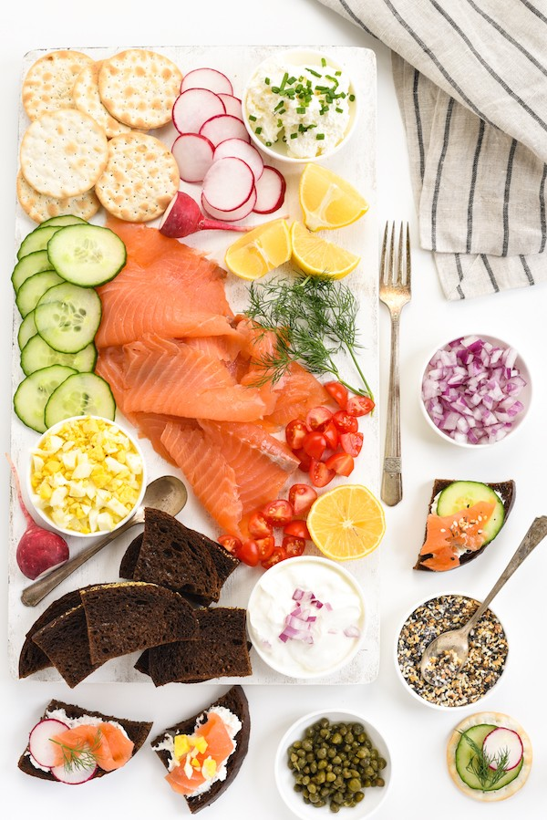 Smoked Salmon Crostini Bar - Impress party guests with this DIY spread. Assemble everything you see here in just 15 minutes! | foxeslovelemons.com