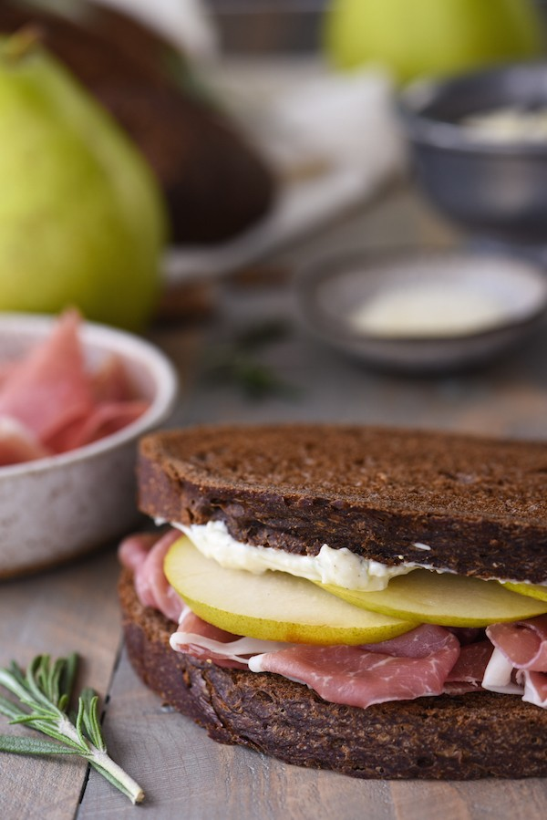Prosciutto & Pear Sandwich with Herbed Parmesan Mayo - A simple but stunning sandwich that comes together in minutes. | foxeslovelemons.com