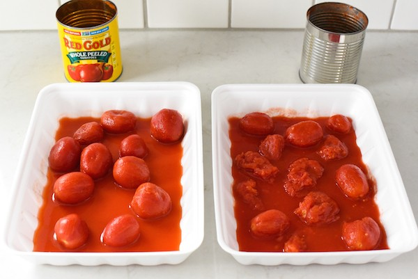 Quick Culinary School Tomato Sauce - You only need 5 ingredients to pull together this versatile chef-approved sauce! | foxeslovelemons.com