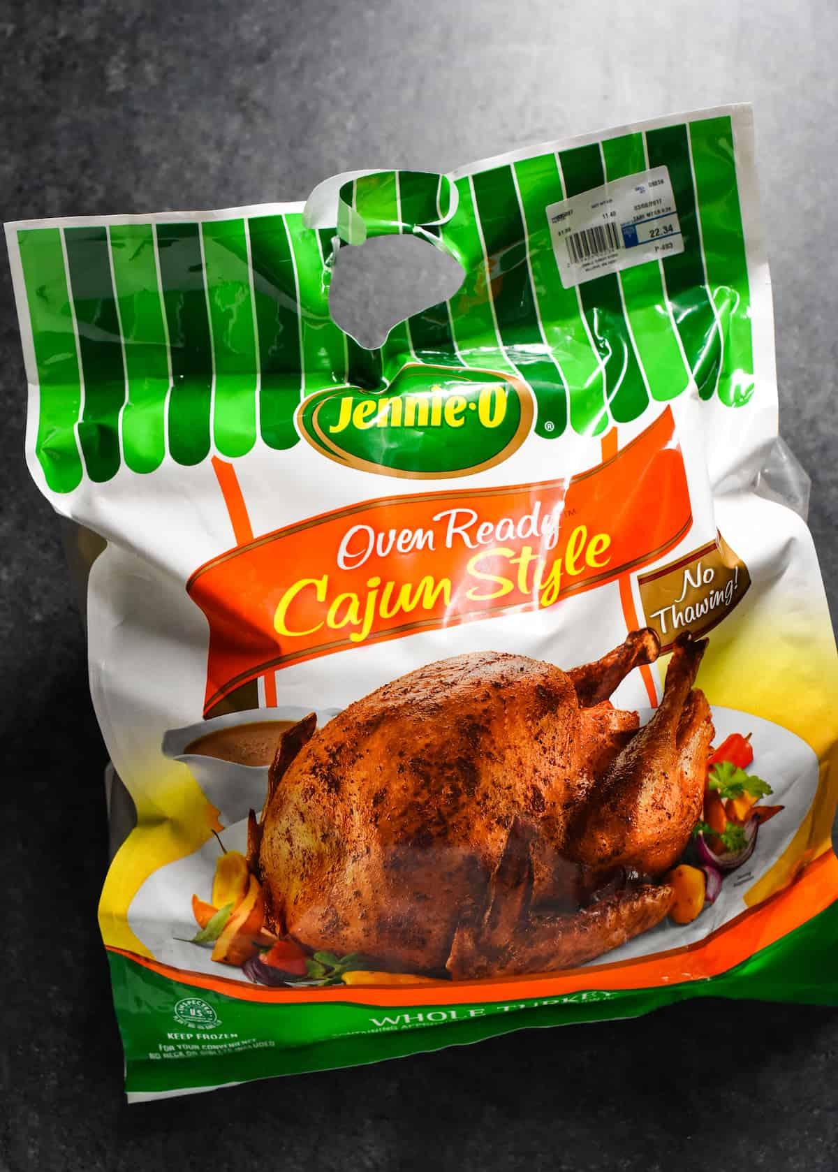 Cajun Turkey with Orange-Oregano Gravy - A stress-free, super flavorful turkey that requires almost zero prepping in advance! | foxeslovelemons.com