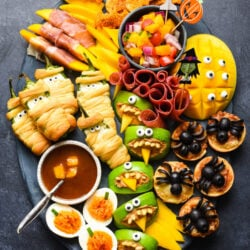 Looking for easy Halloween party food? Look no further than this simple guide to Halloween snacks. Make these edible mummies, spiders and bats for a spooky good time!   foxeslovelemons.com