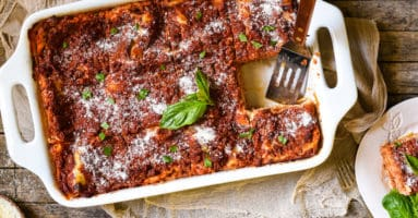 Lasagna with Cottage Cheese - A classic Midwestern noodle casserole. Layers of rich meat sauce, pasta, creamy filling and cheese will have the whole family coming back for seconds! | foxeslovelemons.com
