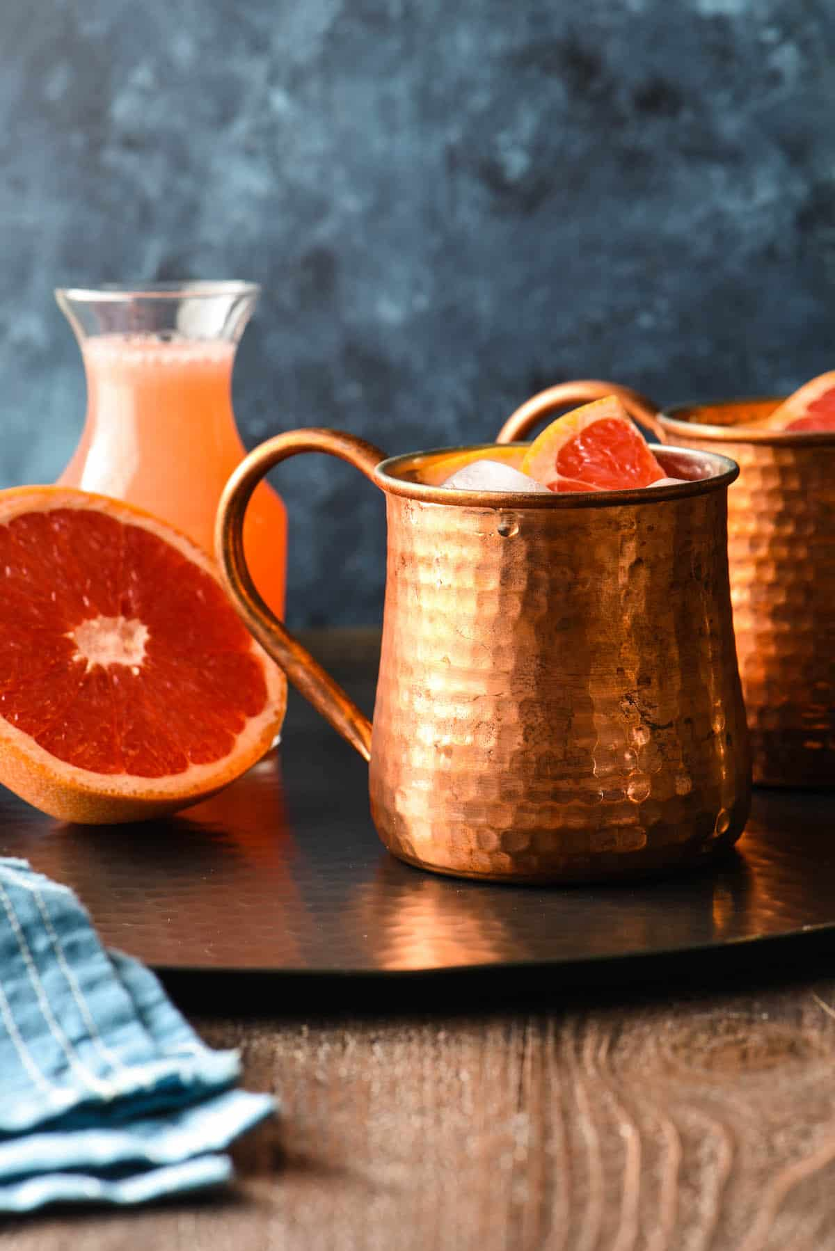 Grapefruit-Vanilla Moscow Mule - Bring some happy flavor to a cold day with an appetizer, cocktail, breakfast, salad, lunch or dinner celebrating juicy, sweet grapefruit! | foxeslovelemons.com