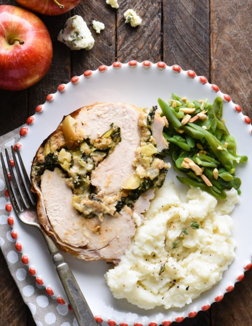 Not cooking for a huge crowd this Thanksgiving? ThisBlue Cheese & Apple Turkey Breast Roulade makes 6 servings, and can be prepped a day in advance. It is so packed with sweet and savory flavor that you might end up wishing you had made two! | foxeslovelemons.com