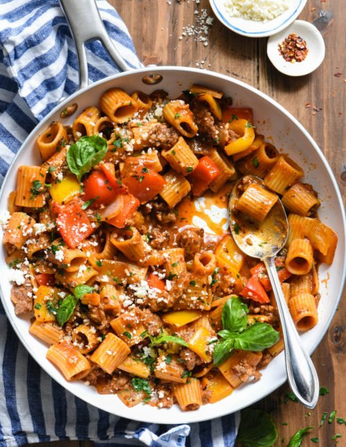 This Italian Sausage PastThis Italian Sausage Pasta Skillet Dinner is a comforting yet veggie-packed meal that is made from start to finish in JUST ONE SKILLET. | foxeslovelemons.com
