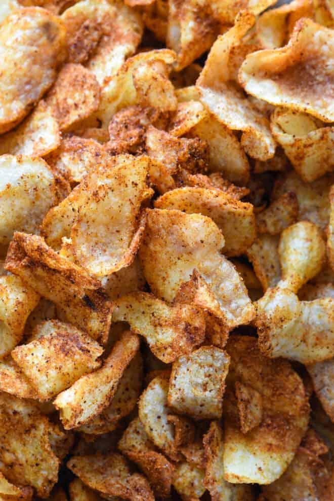 Closeup photo of spicy potato chips.